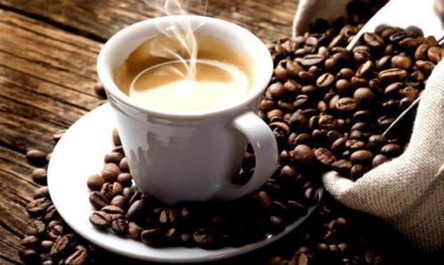 Chi mi offre un caffè?